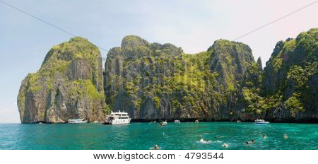 Phi-phi Islands Lagoon