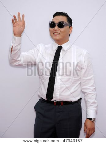 LOS ANGELES - JUL 11:  Psy arrives to the