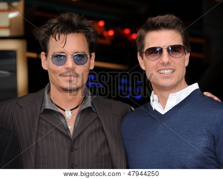 LOS ANGELES - 23 de JUN: Johnny Depp & Tom Cruise chega para o andar de fama honras Jerry Bruckheimer