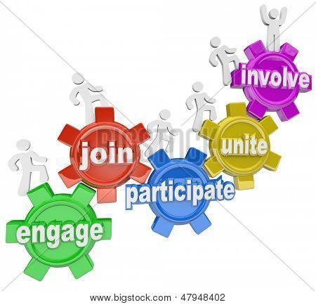 Un equipo de personas marchando por engranajes con palabras Engage, unirse, participar, Unite y envolver a ilust