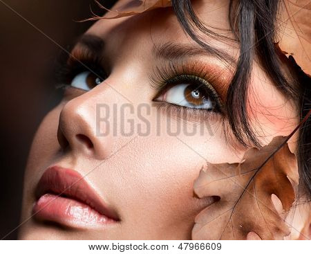 Autumn Woman Make up. Fall. Beautiful Stylish Girl With Professional Makeup