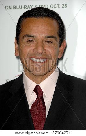 Antonio Villaraigosa  at the 5th Annual Runway For Life Gala Benefitting St. Jude Childrens Hostpital. Beverly Hilton Hotel, Beverly Hills, CA. 10-11-08
