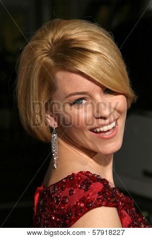 Elizabeth Banks  at the Los Angeles Premiere of 'Zack and Miri make a porno'. Grauman's Chinese Theater, Hollywood, CA. 10-20-08