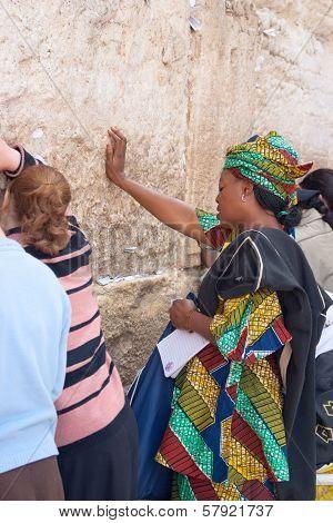 Jerusalem, Israel - March 14, 2006: A Women Pray At The Wailing Wall.