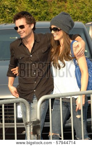 Kate Beckinsale and Len Wiseman  at the 11th Anniversary Of P.S. Arts 'Express Yourself 2008'. Barker Hanger, Santa Monica, CA. 11-15-08