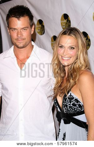 Josh Duhamel and Molly Sims  at the 5th Annual Friends of El Faro Benefit to raise funds for the children of Tijuana Casa Hogar Sion Orphanage. Boulevard3, Hollywood, CA. 08-07-08