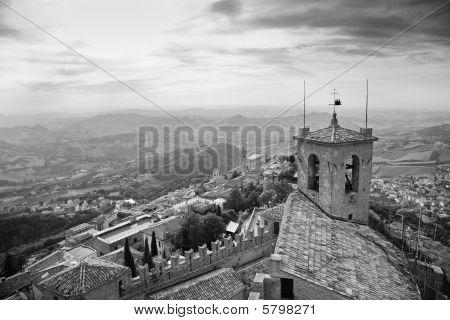 Vistas a la ciudad de San Marino