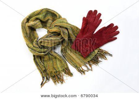 grüne Baumwolle Schal mit braun Handschuhe