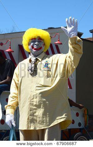 Ragtyme Clown At The Ypsilanti, Mi 4Th Of July Parade