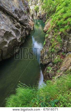 Corcoaia Gorge, Romania