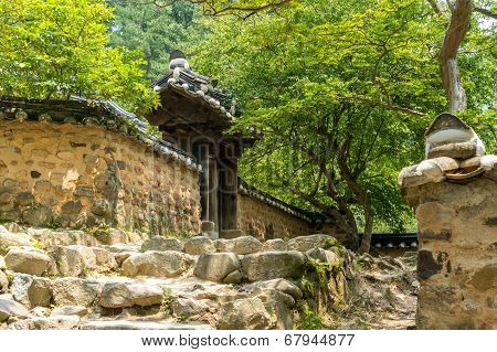Traditional Korean temple
