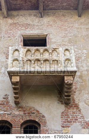 Balcony Of Romeo And Juliet