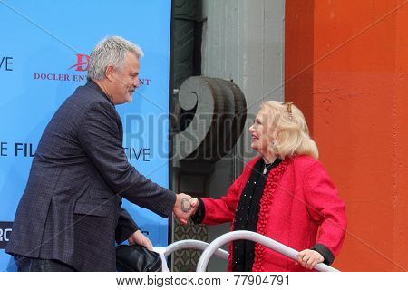 LOS ANGELES - DEC 5:  Gena Rowlands, Nick Cassavetes at the Gena Rowlands Hand and Foot Print Ceremony at the TCL Chinese Theater on December 5, 2014 in Los Angeles, CA
