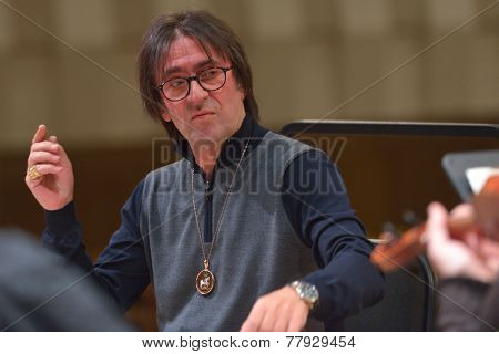 NOVOSIBIRSK, RUSSIA - DECEMBER 5, 2014: Yuri Bashmet and ensemble Moscow Soloists on the rehearsal during the festival Classics. The festival joins the concerts of the World music stars