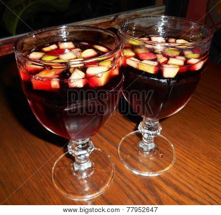 Glasses of sangria with fruits
