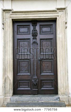 Old Pattern Door