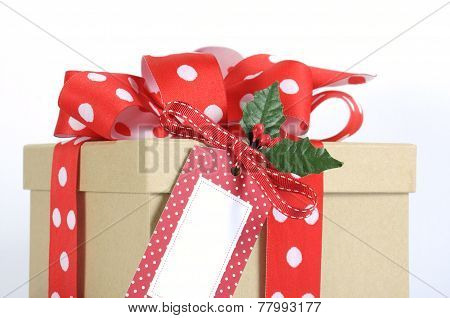 Natural Modern Trend Christmas Gift Wrapping With Brown Kraft Gift Box And Red And White Polka Dot R