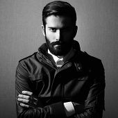 foto of single man  - Portrait of handsome man with beard - JPG
