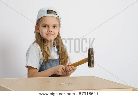Child Hammer A Nail Into The Back Of Chest