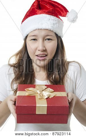 Showing gift box