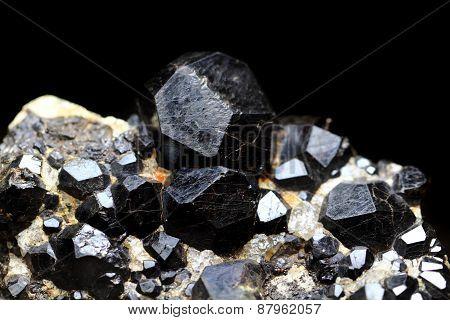 Black Pyrope Background