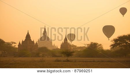 Scenic Sunrise At Bagan