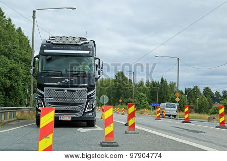 Volvo FH Truck Drives Through Road Works
