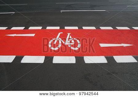 bike lane painted red