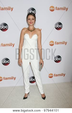 LOS ANGELES - AUG 4:  Italia Ricci at the ABC TCA Summer Press Tour 2015 Party at the Beverly Hilton Hotel on August 4, 2015 in Beverly Hills, CA