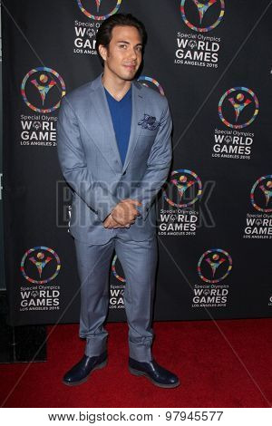 LOS ANGELES - JUL 31:  Apolo Ohno at the Special Olympics Inaugural Dance Challenge at the Wallis Annenberg Center For The Performing Arts on July 31, 2015 in Beverly Hills, CA