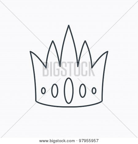 Crown icon. Royal king hat sign.
