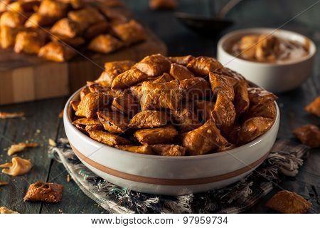 Organic Salty Peanut Butter Pretzel