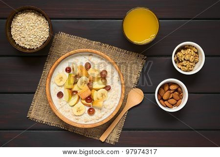 Oatmeal Porridge with Fruits and Nuts