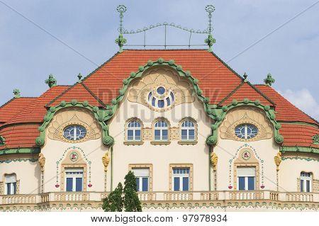 Black Eagle Palace, Oradea