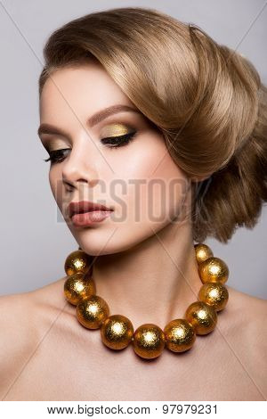 Fashion Model Portrait. Hairstyle. Haircut. Professional Makeup.