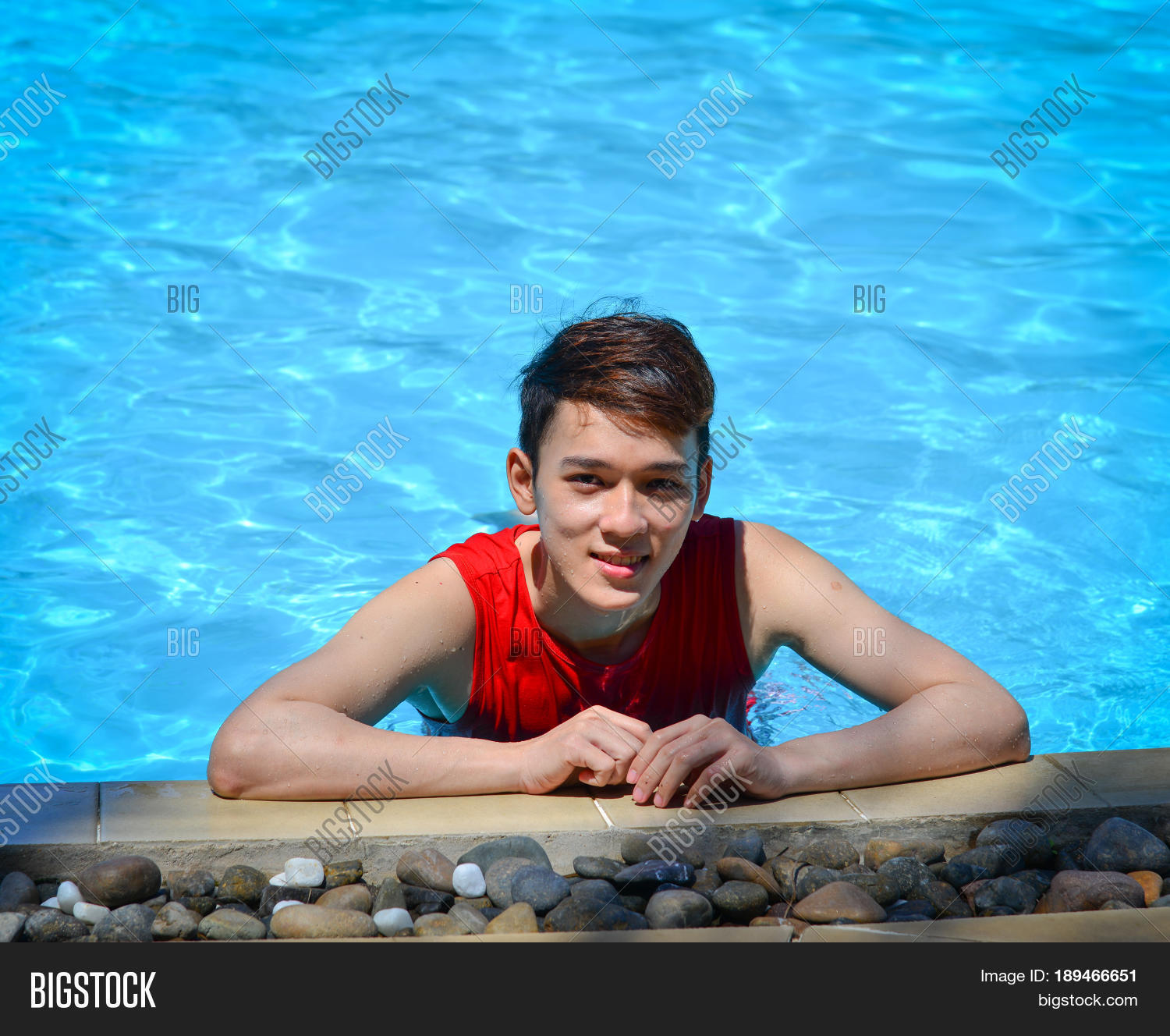pool asian single men Personals & singles in cairo just dipping my toes in the pool here : white, black women and black men, asian, latino, latina, and everyone else.