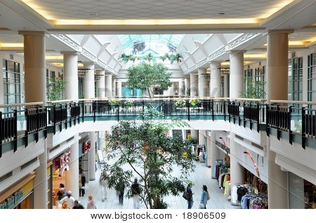 Inside of mall 300 degree view