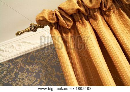 Schöne Orange Vorhang