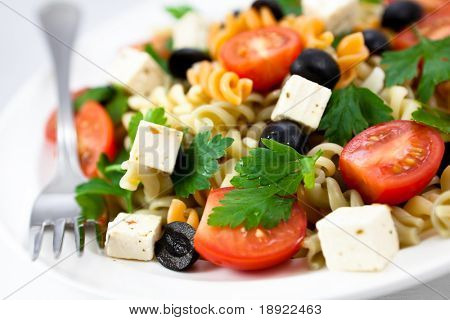 Pasta salad with feta and vegetables