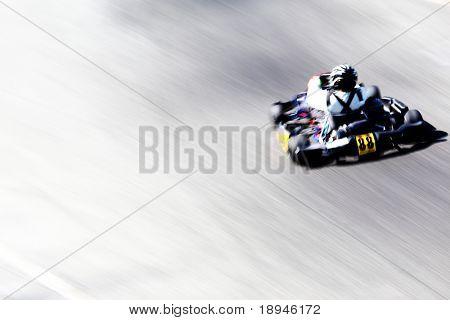 Schwenkverlauf ein Go-kart-Racer. Horizontale Ausrichtung.