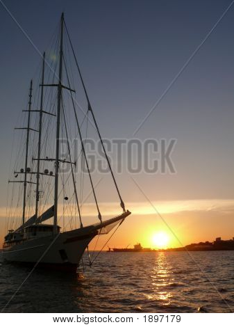 Sailboatsunset