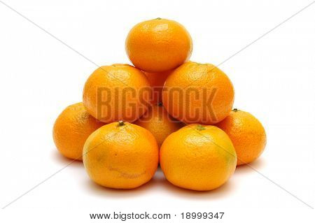 Tangerines in piramide