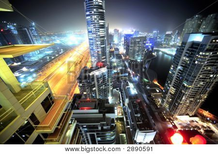 Vereinigte Arabische Emirate: Dubai Skyline at Night