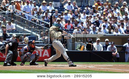 22 De junio de 2008 - estrellas de Adrián González, primera base de los Padres de San Diego en el Petco Park frente a t