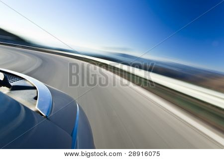 Abstrakt verschwommen-Aktion von Auto mit hoher Geschwindigkeit