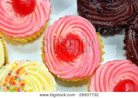 Cerca de deliciosos cupcakes