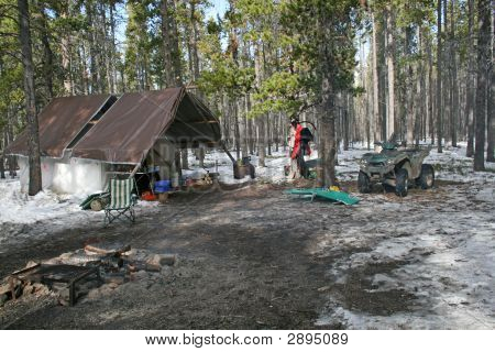 Jagd Camp in den big Horn Mountains im Oktober