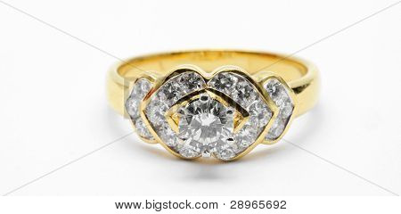 Isolated Diamond Wedding Luxury Platinum Ring using in Love Concept (Selective focus at Big Diamond)