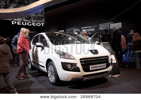 Brussels, Auto Motor Expo Peugeot 3008 Hybrid4