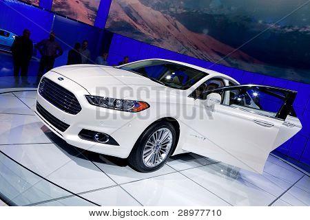 2013 Ford Fusion Hybrid 2012 Naias